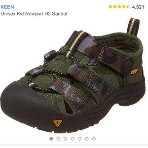 Keen Unisex Camo Newport H2 Shoe Sandal Sz 1